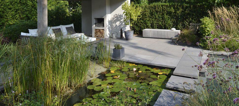 natuurlijk zwembad Nijmegen tuin